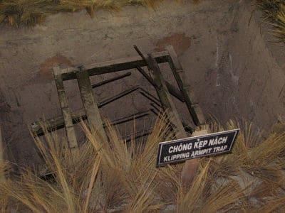 Dodelijke vallen in de cu chi tunnels
