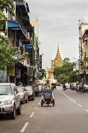 Het straatbeeld in Phnom Penh
