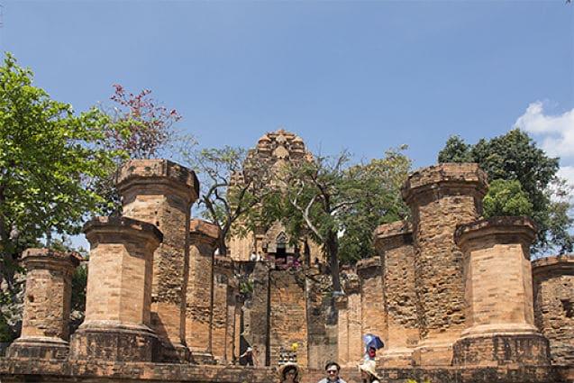 De torens van Po Nagar
