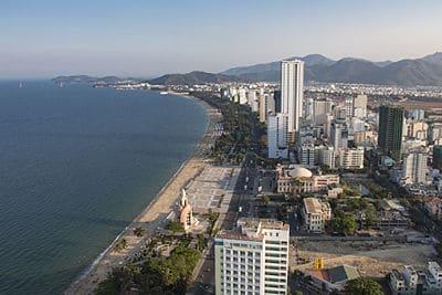 Het lange strand van Nha Trang