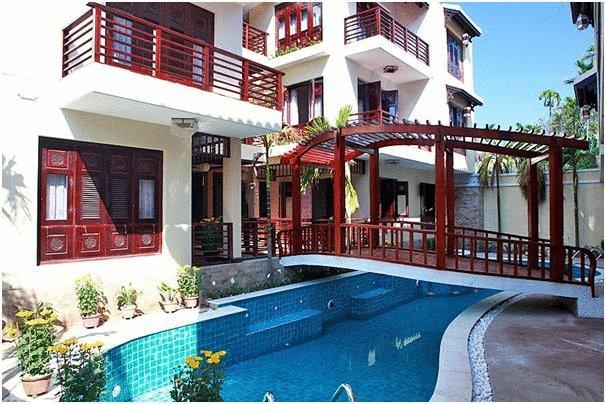 Long Life Riverside Hotel in Hoi An