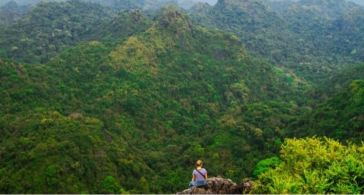 uitkijkpunt in cat ba national park